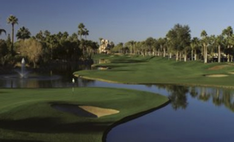 Piranha-Golf-The-Phoenician-Golf-Club