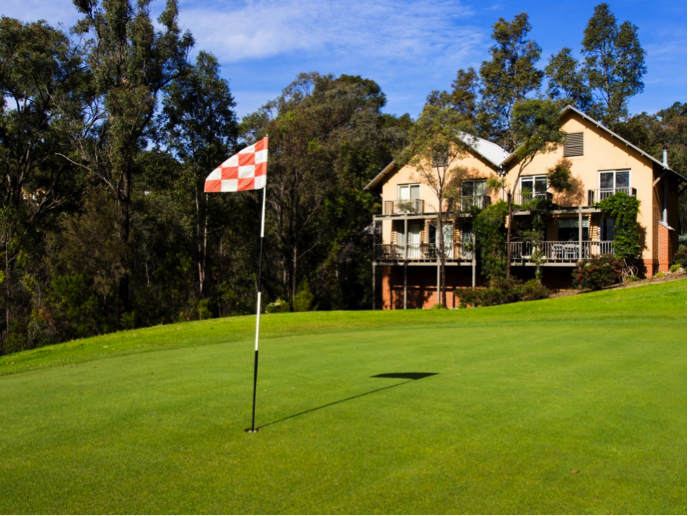 Piranha Golf - Cypress Resort Hunter Valley